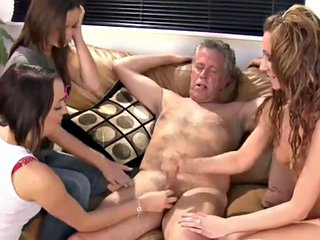 Free HD MILF Tube CFNM